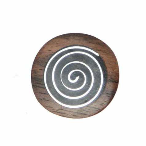 Bague ronde en bois avec motif spirale en métal incrusté